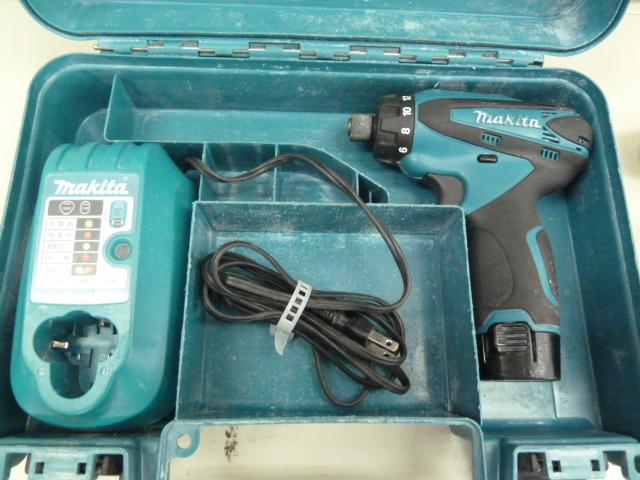 マキタの充電式ドライバドリル DF030DWXを買い取りしました!岡山店