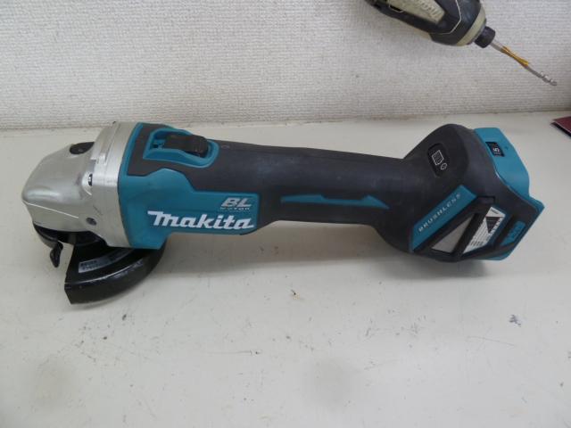 マキタ充電式ディスクグラインダー GA412D(本体のみ)を買い取りしました!岡山店