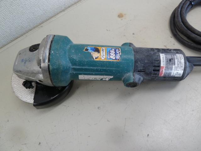 マキタの電気式ディスクグラインダー9533BLAを買い取りしました!岡山店