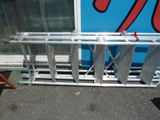 長谷川工業の仮設階段ハシゴ 4m 建作くん 健作くん  K-12-600 を買い取りしました!岡山店