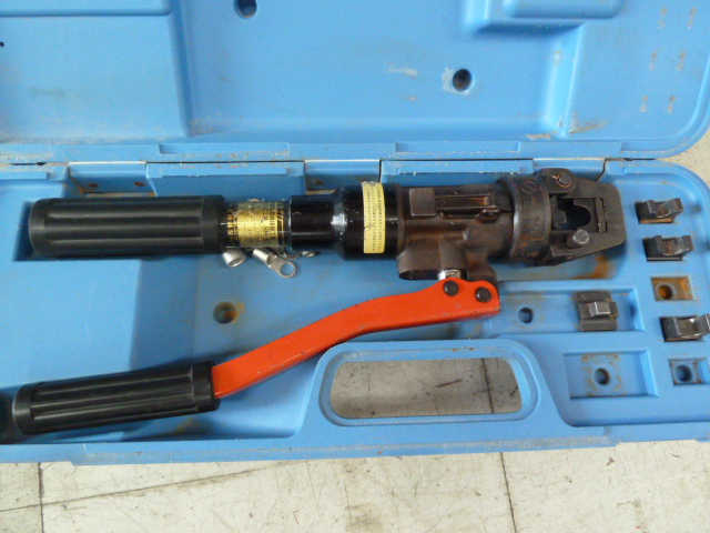 泉精器 手動油圧式工具 裸圧着端子(スリーブ用) 9H-60を買い取りしました!岡山店