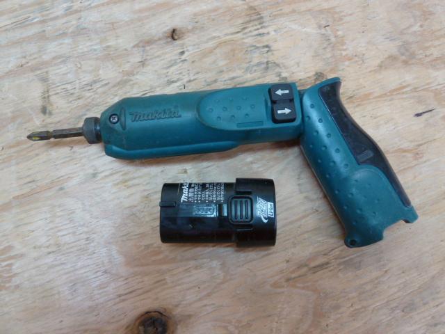 マキタの充電式ペンインパクトドライバー TD020Dを買い取りしました!岡山店