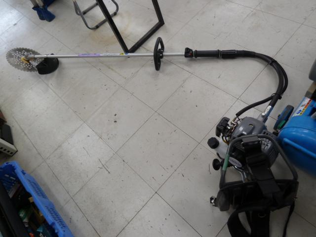 丸山製作所 BIG M 26cc背負式刈払機 BCS26CSN を販売中です。岡山店