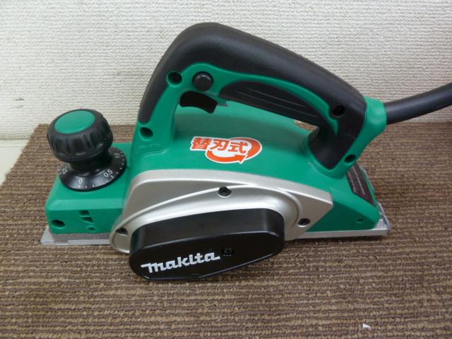 【マキタ】電気カンナ 替刃式 最大切削幅82mm M194を買い取りしました!岡山店