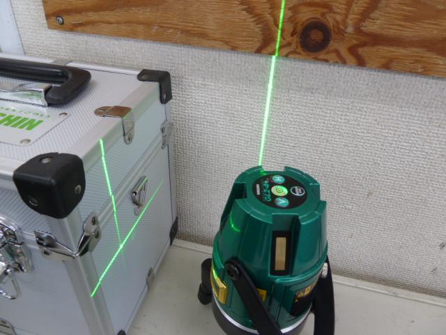ヤマシン 山真製鋸 レーザー墨出し器 グリーンレーザー GLZ-4+ 受光器・三脚付 を買い取りしました!岡山店