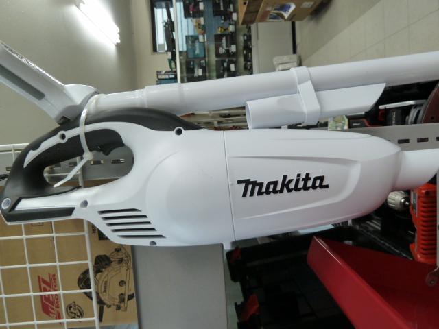 マキタ CL180FD 18V 充電式クリーナー カプセル式 を買い取りしました!岡山店