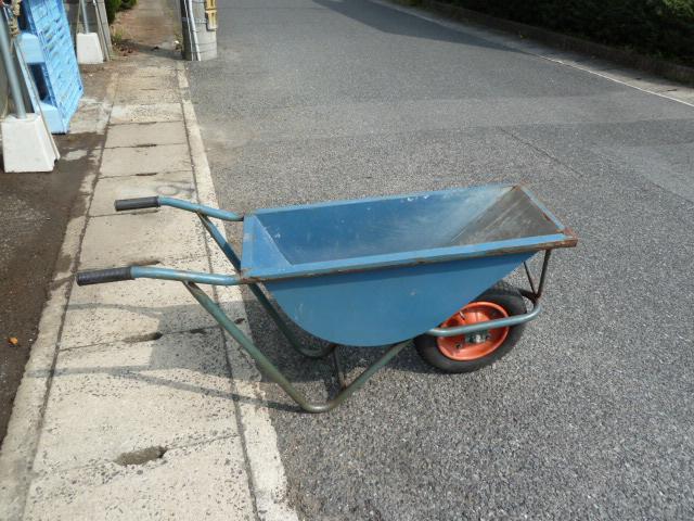 一輪車 ねこ車 幅狭型 コンクリート 建設 土木用 を買取りしました!岡山店
