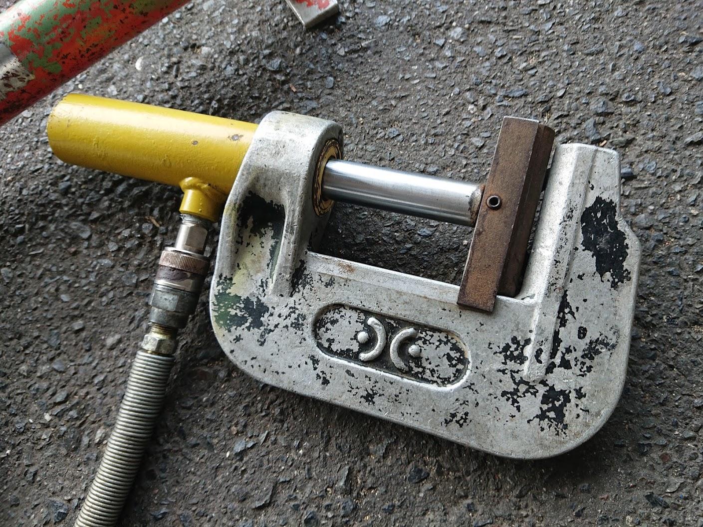メーカー不明 油圧断水機を買取しました!