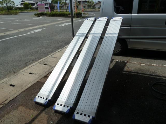 ハセガワ、スライドステージSSL-400A アルミ伸縮足場板 を買い取りしました!