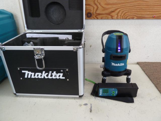 マキタ レーザー墨出し器 SK20GD 【おおがね・ろく】 受光器・バイス・アルミケース・単3形電池パック  を買い取りしました!